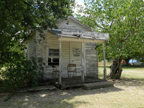 Gober TX -  Post Office 75443