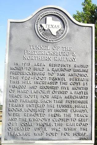 Tunnel of the Fredericksburg and Northern Railway Marker