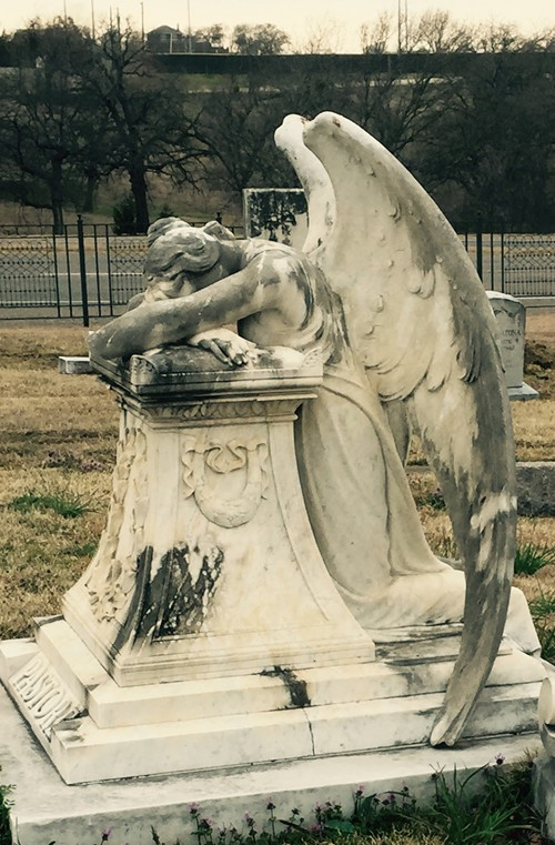 TX - Grayson County Calvary Cemetery weeping angel