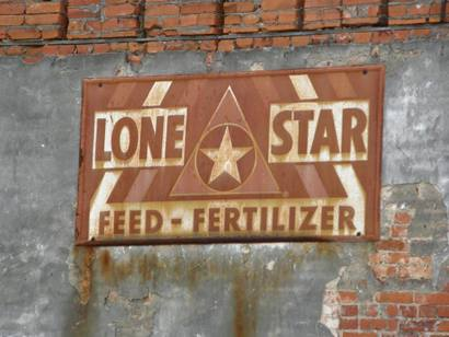 Lone Star ghost sign