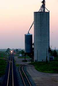 Grain elevator and approaching train