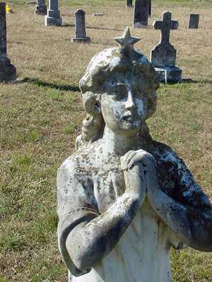 Angel with star tiara, Warda Texas cemetery