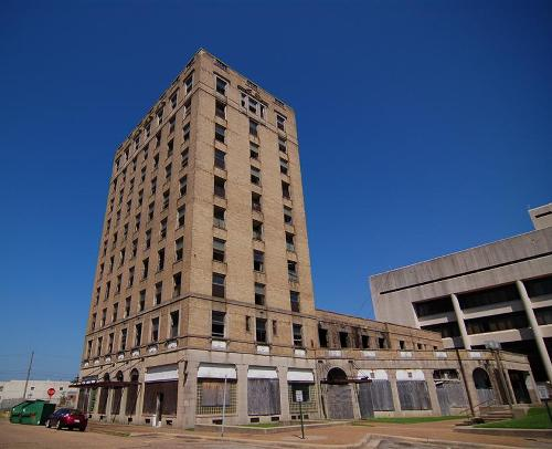 Texarkana - McCartney Hotel Across From Depot