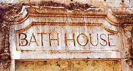 bathhouse in Luling Texas