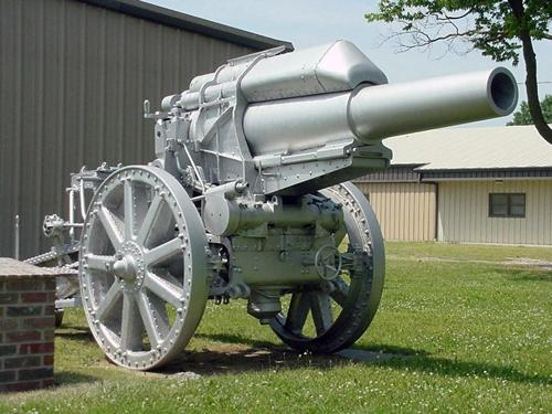 WWI Cannon in Cherryvale, Kansas