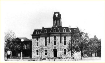 TX - Coleman County Courthouse in 1940