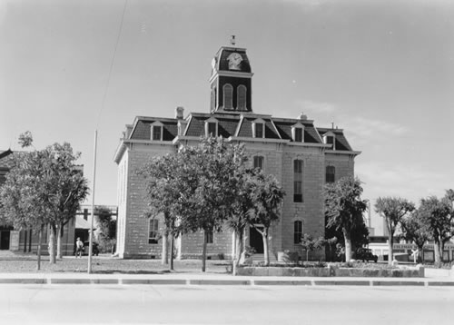 TX - 1884 Coleman County Courthouse  old photo