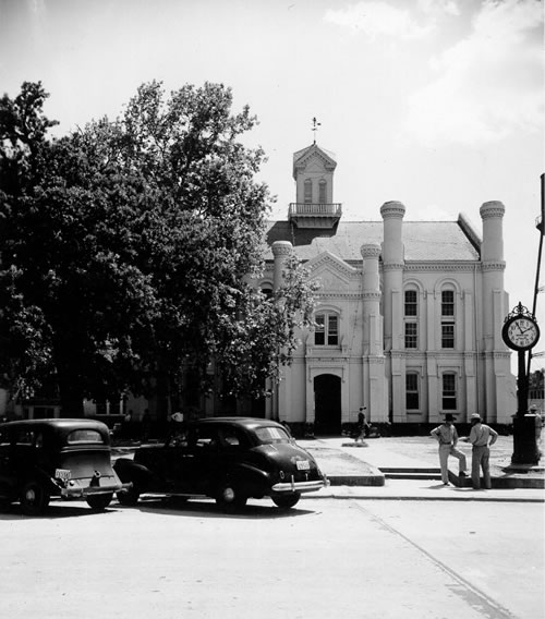 Shelby County courthouse, Center, Texas old photo