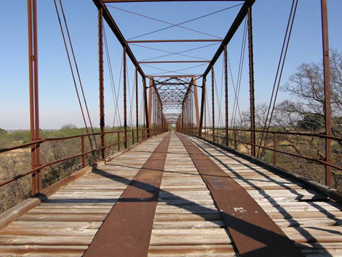 TX - Waldrip Bridge / Colorado River thru truss bridge