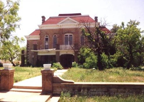 Former Stonewall County courthouse in Rayner, Texas