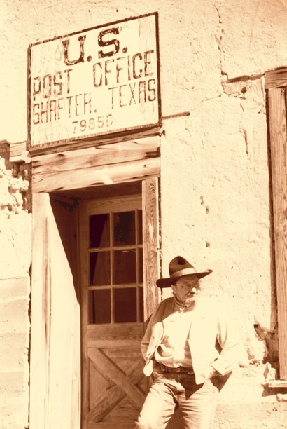 Shafter TX - Post Office  Building