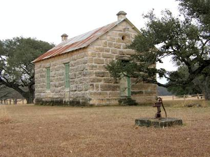 Sisterdale texas for Texas hill country stone homes