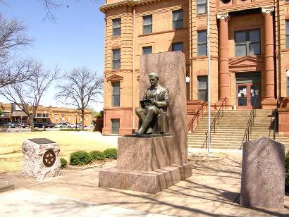 Anson Tx - Anson Jones Statue on courthouse grounds