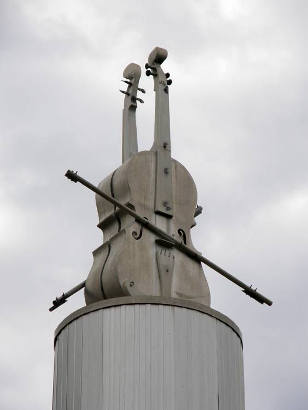 Turkey Tx - Bob Wills Monument - Fiddle