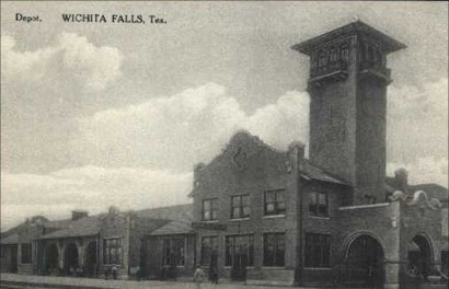 Wichita Falls railroad depot, Texas old postcard