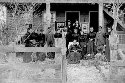 Raisin TX Coleto Creek Joseph Kobitz Family, 1900s  vintage photo