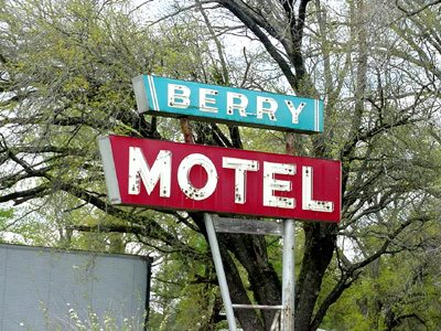 Corrigan,TX Berry Motel old neon sign